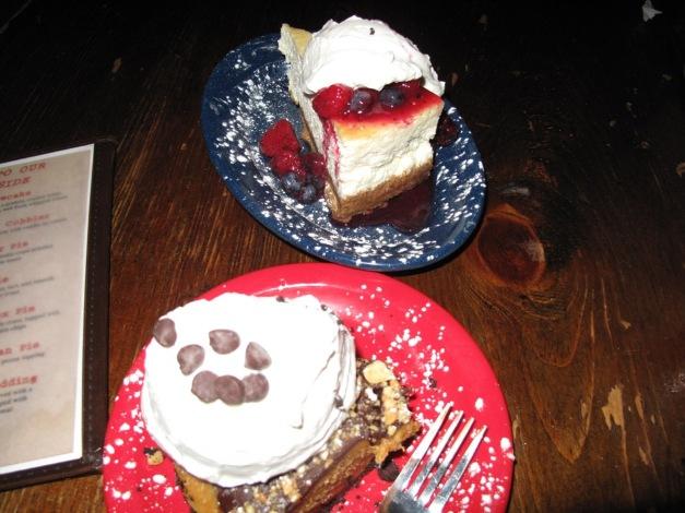 Dino Cheese cake Vs Peanut Butter Pie