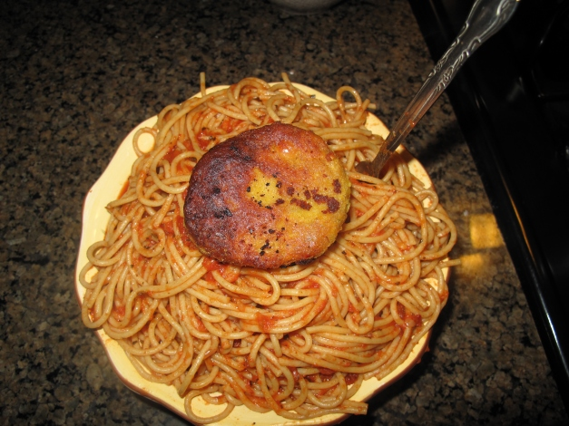 Pasta topped w Falafel