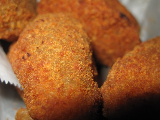 Perfectly Golden Jalapeno Poppers.