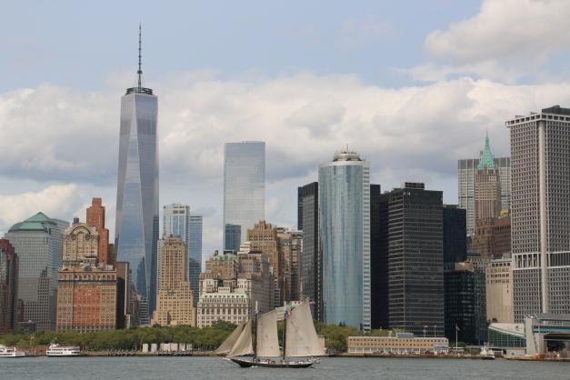 A sail & the city