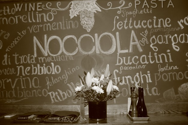 Nocciola Black Board B+W